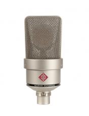 Large-Diaphragm Studio Microphones